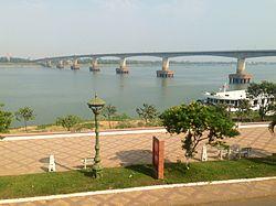 Kampong_Cham,_Cambodia._3