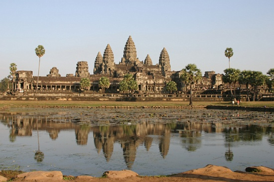 angkor-wat-reflections