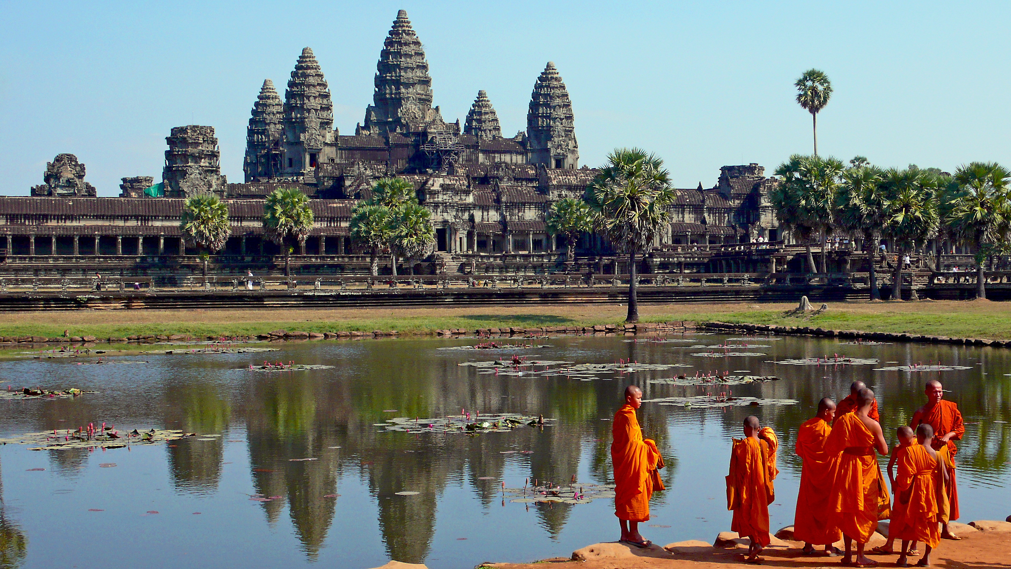 front_of_the_Angkor_Wat